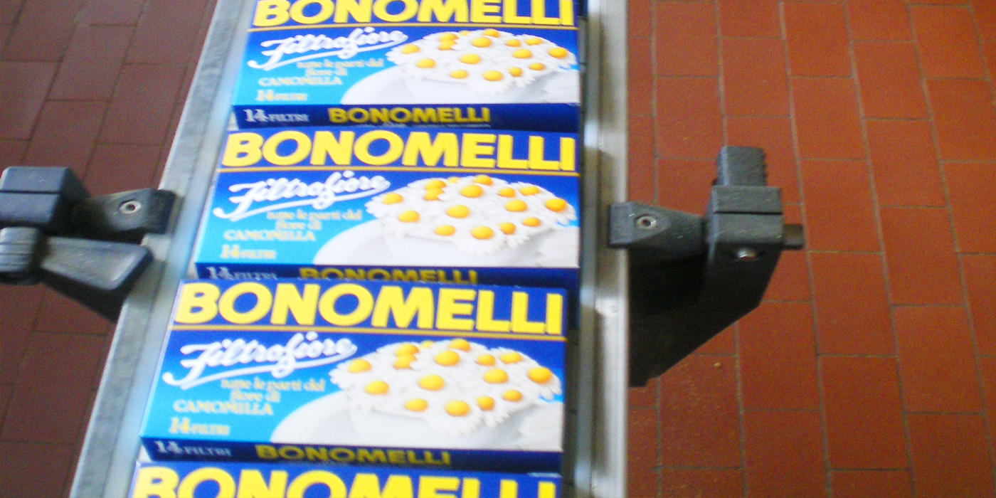 camomilla bonomelli kosher